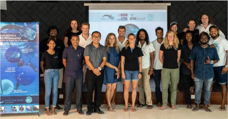 LUX* South Ari Atoll hosts marine conservation workshop to highlight battle against microplastics