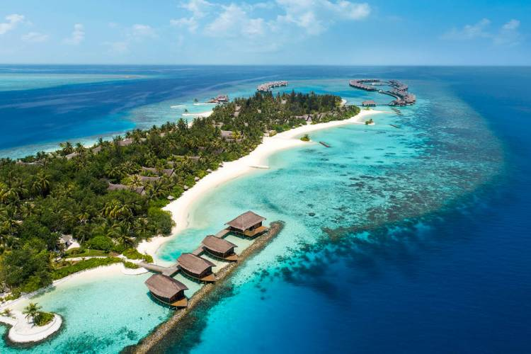 Spend Easter in the Maldives like a VIP at Jumeirah Vittaveli