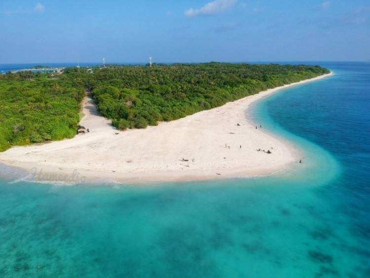2 arrested for travelling out of Manadhoo without permit