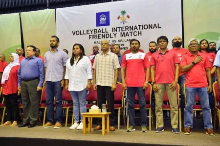 President observes Maldives-Sri Lanka volleyball match