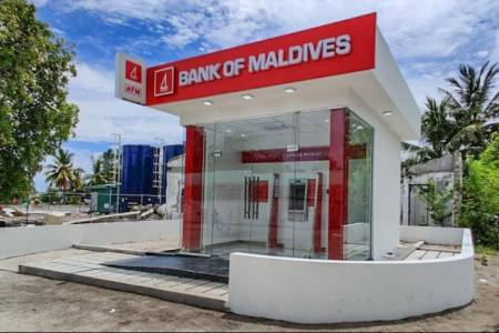 BML expands Self Service Banking in Gaafu Alif Atoll
