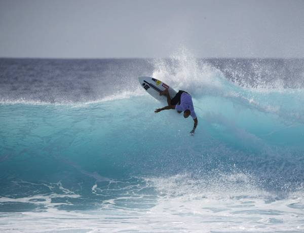The 9th Annual Four Seasons Maldives Surfing Championship